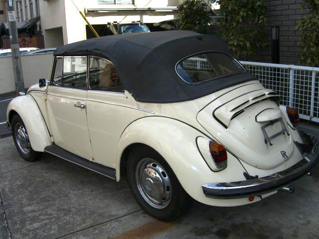 VOLKSWAGEN BEETLE Automatic Convertible ワーゲン ビートル オートマ オープン デソート