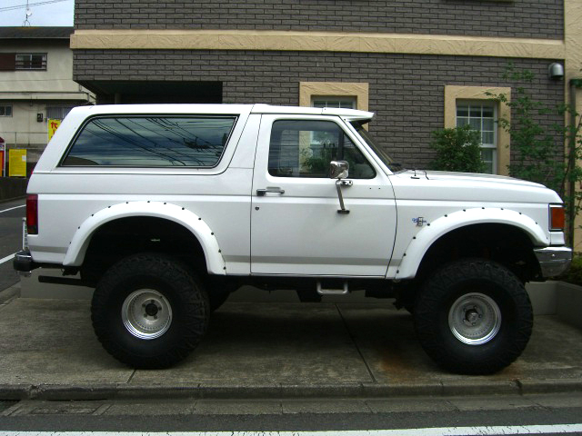 FORD BRONCO 中古車 フォード デソート