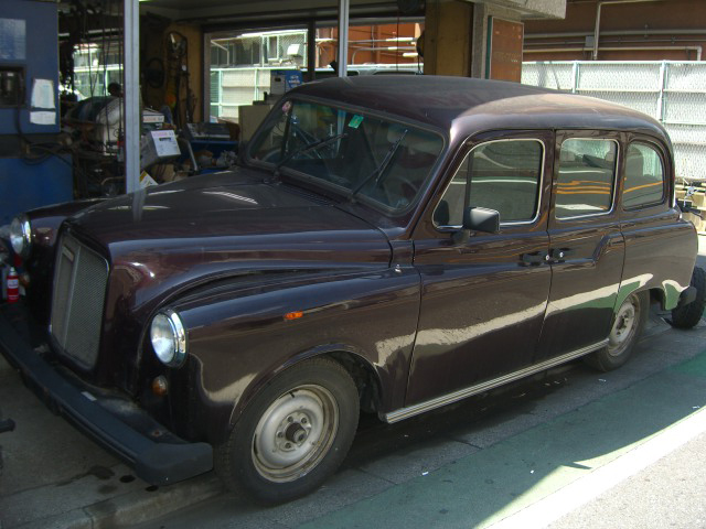 CARBODIES LONDON TAXI ロンドン タクシー 中古車 デソート