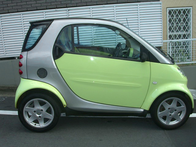 smart for two coupe スマート フォーツー クーペ 中古車 デソート